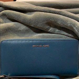 Brand new teal Michael Kors wallet